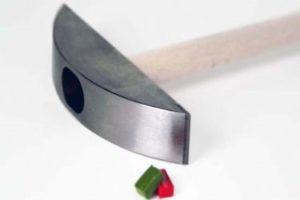 Mosaic hammer- Mozaïek hamer-Martellina Widia-Widia and Martellina steel edged - Mozaïekatelier Colorito-Natasja Mulder