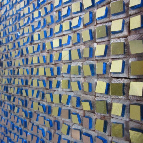 detail Composizione Oro e Legno 1-Natasja Mulder-Mozaiekatelier Colorito
