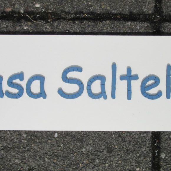 naambord voor dierenverblijf -Casa Saltello- Winckelmans porselein-Mozaïekatlier Colorito-Natasja Mulder