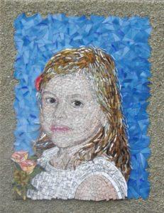 portret Bruidsmeisje Abbie- Orsoni smalti-gold leaf smalti- spectrum glass-Mozaïekatelier Colorito-Natasja Mulder