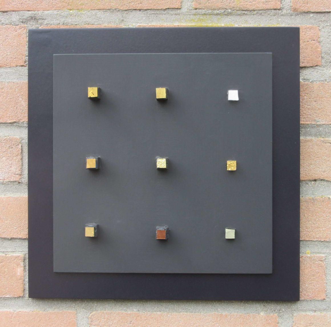 Composizione Oro e Legno 30 x 30 cm nr 2